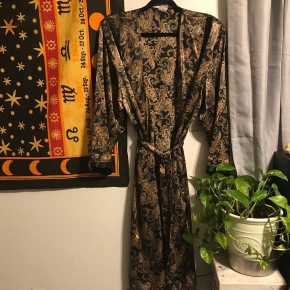 Vintage Intimate Robe